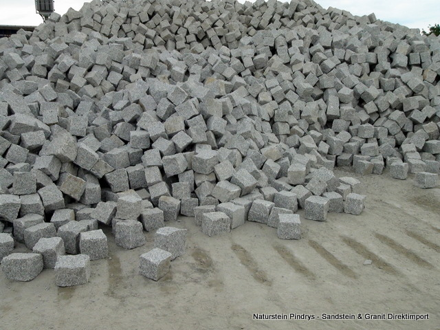 8 11 grau mittelkorn granit pflastersteine. Black Bedroom Furniture Sets. Home Design Ideas